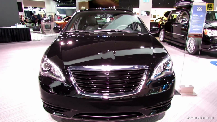 2013 chrysler 200 limited s at 2013 detroit auto show. Black Bedroom Furniture Sets. Home Design Ideas