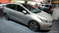 2013 KIA Ceed SW Sport Wagon at 2012 Paris Auto Show