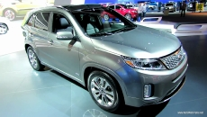2013 KIA Sorento SXL at 2012 Los Angeles Auto Show