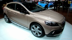 2013 Volvo V40 T5 AWD Cross Country at 2012 Paris Auto Show