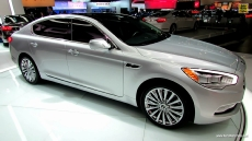 2015 KIA K900 V8 at 2013 Los Angeles Auto Show