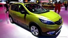 2014 Renault Scenic XMOD at 2013 Frankfurt Motor Show