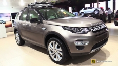 2015 Land Rover Discovery Sport HSE at 2014 Paris Auto Show