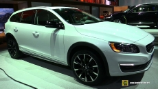 2015 Volvo V60 Cross Country at 2014 Los Angeles Auto Show