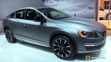 2016 Volvo S60 Cross Country at 2015 Detroit Auto Show