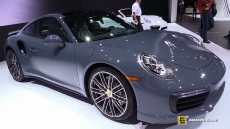 2017 Porsche 911 Turbo at 2016 Detroit Auto Show